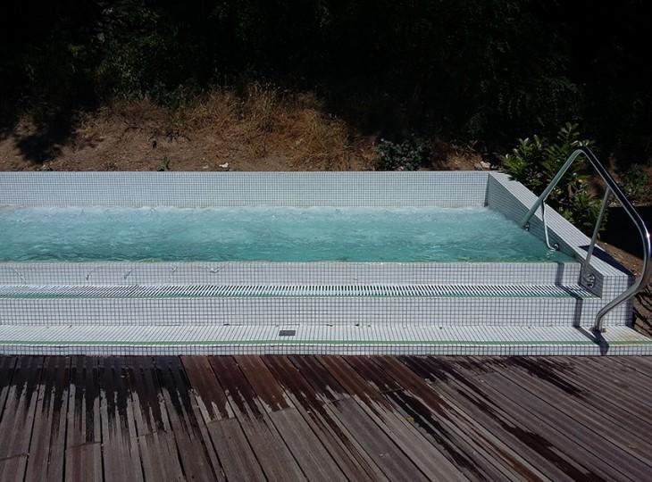 valvital-berthemont-les-bains-jacuzzi-exterieur